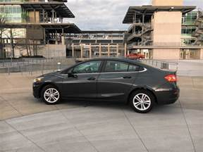 Chevrolet Cruze Diesel Review 2017 Chevy Cruze Puts Diesel Back On Track With