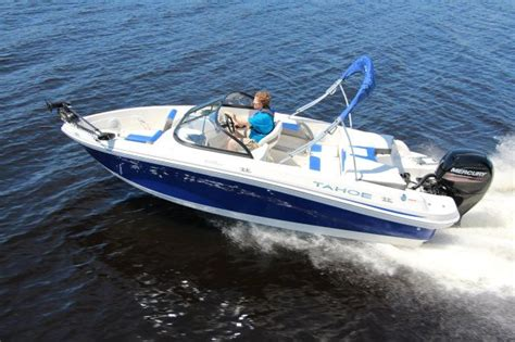 tahoe ski boats reviews 2016 tahoe 550 tf boat test review 1148 boat tests