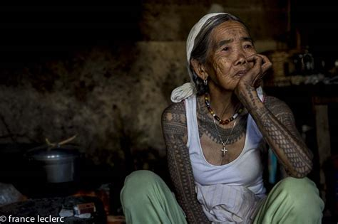 tattoo aftercare philippines fang od oggay is the oldest tattoo artist in the