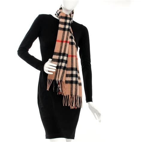 Bd4021 Pw Burberry Classic burberry wool classic check fringe scarf camel 211151