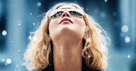 film oscar jennifer lawrence jennifer lawrence s movie joy gets first poster