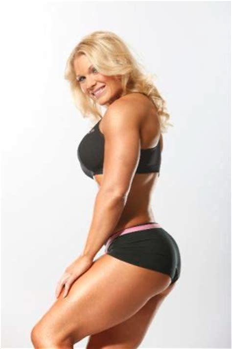 wwe hot beth wwe beth phoenix hot images 2012 all sports players