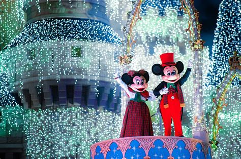 2018 mickey s very merry christmas party tips disney