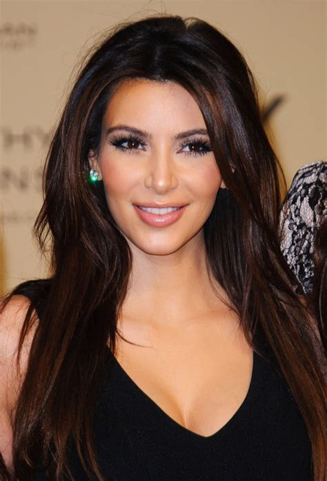 biography kim kardashian kim kardashian biography photos and profile global