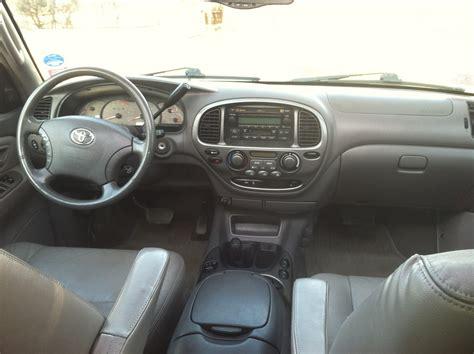 Toyota Sequoia Interior 2004 Toyota Sequoia Interior Pictures Cargurus