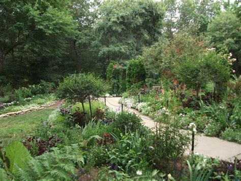 Overland Park Arboretum And Botanical Gardens by Skunk Picture Of Overland Park Arboretum And
