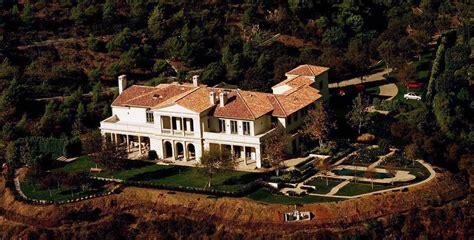 sylvester stallone house sylvester stallone beverly hills celebrity homes lonny