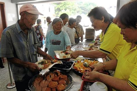 Should Food Be Left For The Homeless by Caring For The Homeless Community The