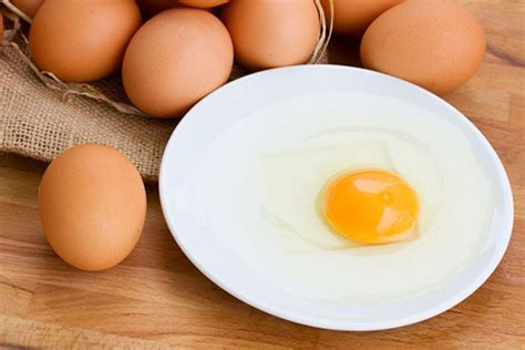 eating eggs before bed 5 foods that are clinically proven to help erase