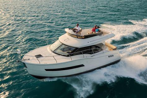 boat financing fort lauderdale 2018 new carver c34 command bridge flybridge boat for sale