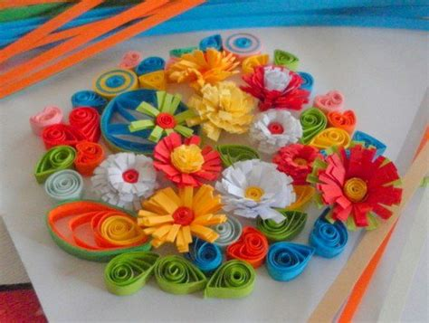 How To Make Quilling Paper - paper quilling how to make fringed flowers for quilled
