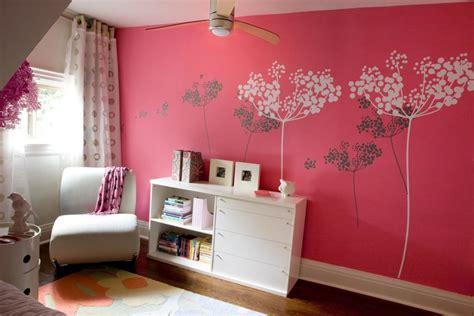 marvelous Peinture Chambre Ado Fille #1: idees-peinture-chambre-2-chambre-fille-avec-peinture-corail-et-d-co-murale-pochoirs-fleurs-750-x-500.jpg