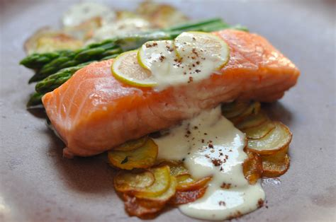 poached salmon ros 233 poached salmon lemony parmesan cream pommes anna