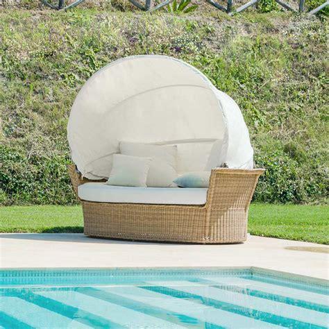 divano isola divano isola relax a forma di cesto con intreccio fatto a