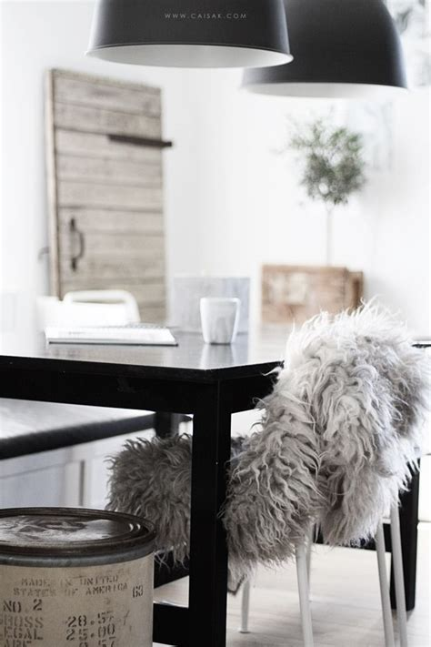 faux fur home decor 178 best luxe faux fur decor images on pinterest faux