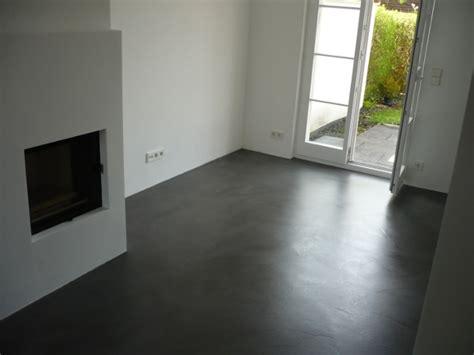betonboden wohnbereich kosten fugenlose spachtelb 246 den betonboden loftboden mineralisch