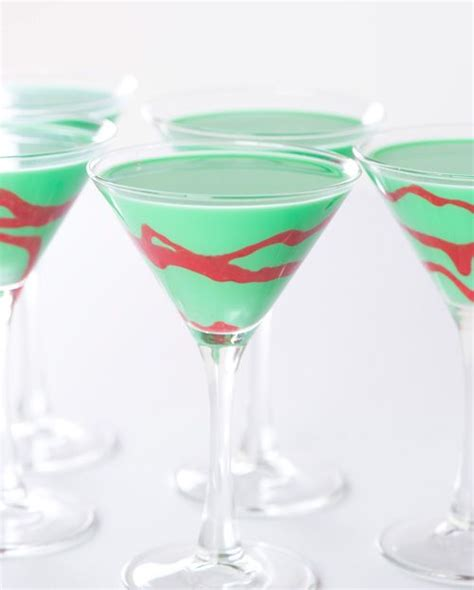 martini grasshopper check out holiday grasshopper cocktail it s so easy to