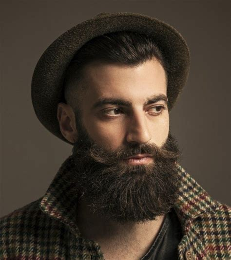 haircuts that go with a handlebar mustache man with beard and hipster hat brodacze pinterest
