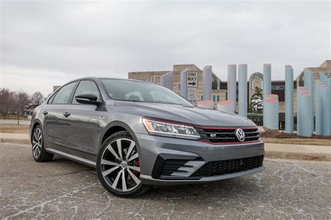 2018 Passat Gt by 2018 Volkswagen Passat Gt Spin Big On Value Less