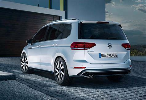 2016 volkswagen touran r line no other mpv could get