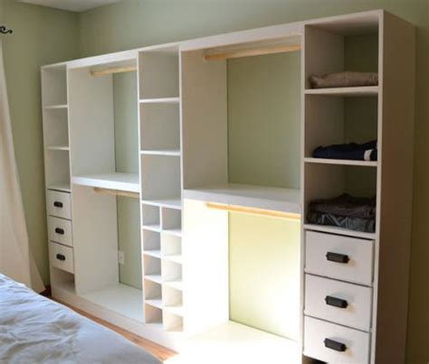 Diy Wardrobe Shelving Systems by White Master Closet System Diy Projects