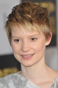 pixie hair cut with out 60 cute short pixie haircuts femininity and practicality
