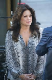 how to get valerie bertinelli current hairstyle pictues valerie bertinelli 2013 hairstyle