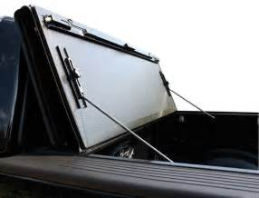 Ford Tonneau Cover Folding 2008 2014 Ford F 150 Folding Tonneau Cover Bakflip