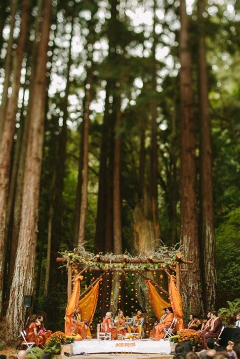 unusual outdoor wedding venues  theme ideas