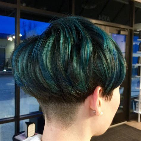 hairstyles with teal highlights 40 ways to rock a bowl cut