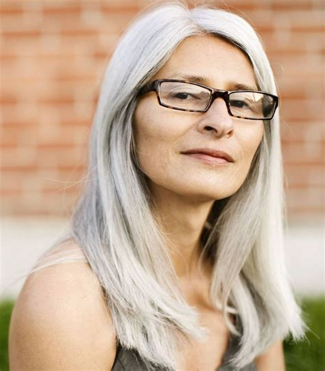haiicut for 60 year old woman with long narrow face long hairstyles for 60 year old women with glasses plus