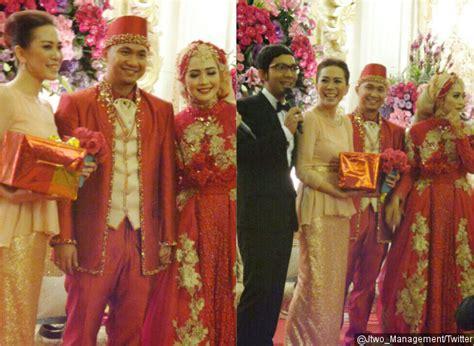 Baju Tunangan Nuri Maulida intip nuansa merah dan kemeriahan pesta resepsi nuri maulida kabar berita artikel