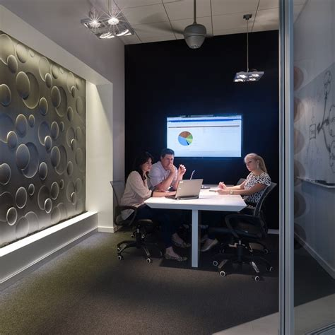 huddle room commercial av design tips best ways to design audiovisual solutions in small meeting areas or