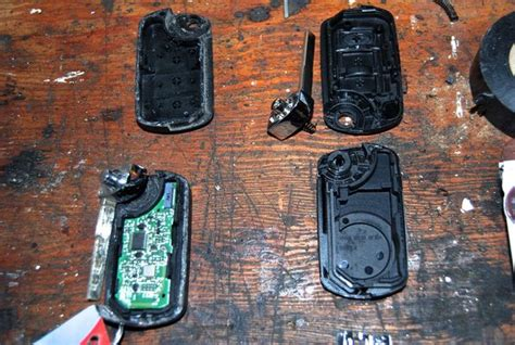 how to fit a new key fob battery land rover forums