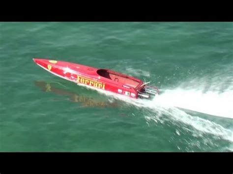 offshore racing boats videos rc offshore boat racing at malta ferrari boat youtube