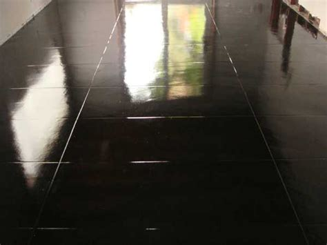 Garage Floor Epoxy Black by Black Epoxy Floor Home Decor Ideas