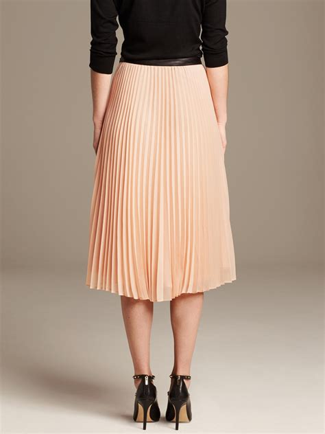 banana republic pleated chiffon midi skirt in pink