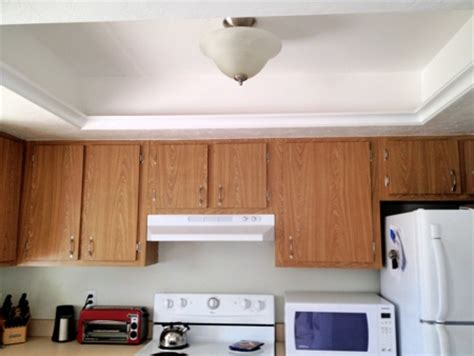 replacing fluorescent light in kitchen fluorescent lighting how to replace fluorescent light