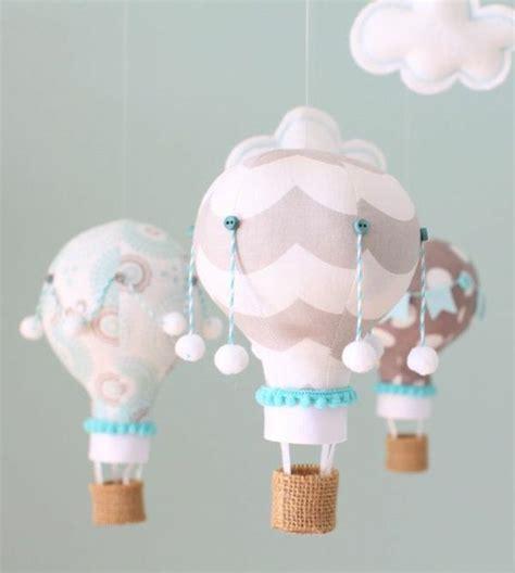 kinderzimmer deko ballon wunderbare deko f 252 r das babyzimmer rosa ballons deko