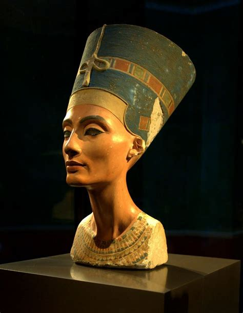 queen nefertiti greatest mystery of ancient egypt 18 best images about nefertiti on pinterest the sun