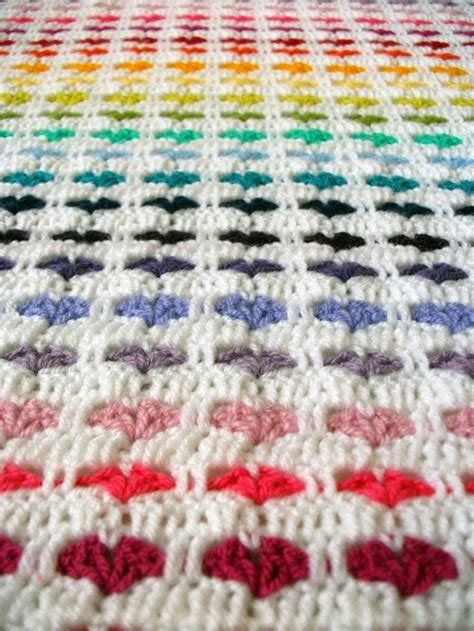 Heart Pattern Afghan | blubox of love a collection of 7 beautiful crocheted