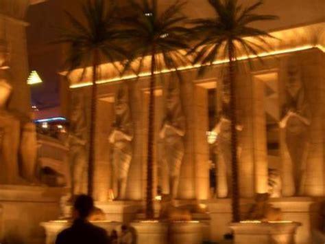 luxor hotel front desk the front desk picture of luxor las vegas las vegas