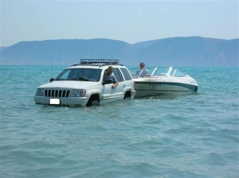 2001 jeep grand water pulling out the boat jeep wj 6inch critical arm