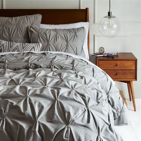 diy coverlet tutorial how to make a diy pintuck duvet cover