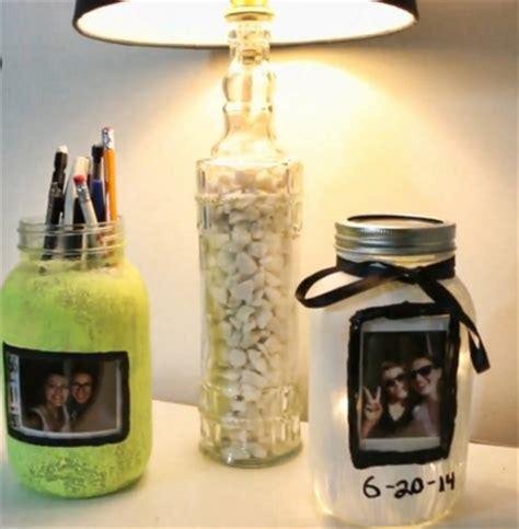 cara membuat hiasan natal dari botol bekas contoh model hiasan rumah minimalis dari botol bekas unik