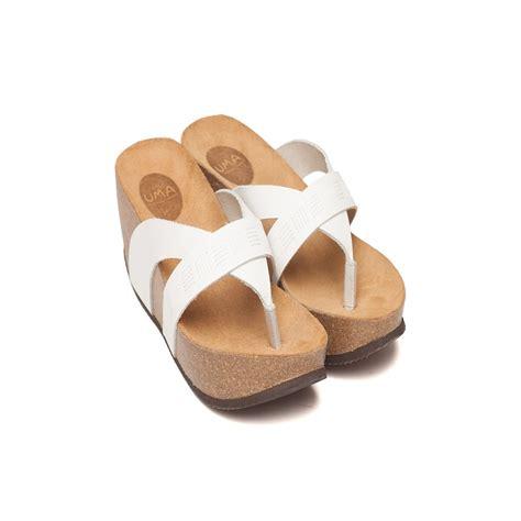 Sandal 1679 Spon 7cm Sz 36 40 yaara white