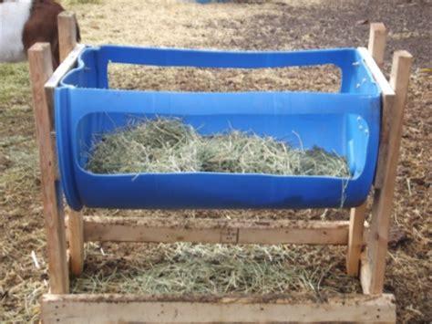 noah l. and sue a. goddard home made hay feeder