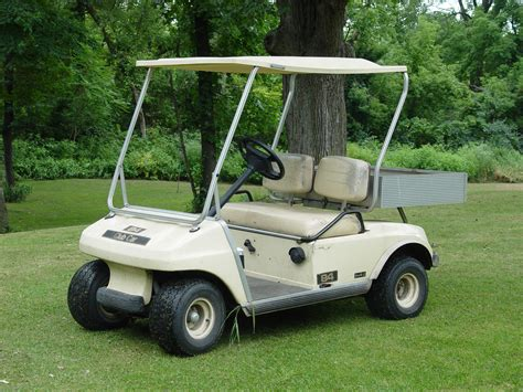 Gas Vs Electric Golf Carts Gator Golf Cars