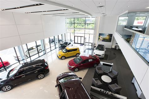 Summit Place Kia Mt Clemens Kia Retailers Celebrate Grand Opening Of Gallery Stores