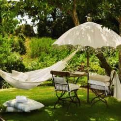 Vintage Patio Umbrella Vintage Garden Umbrella Decoist